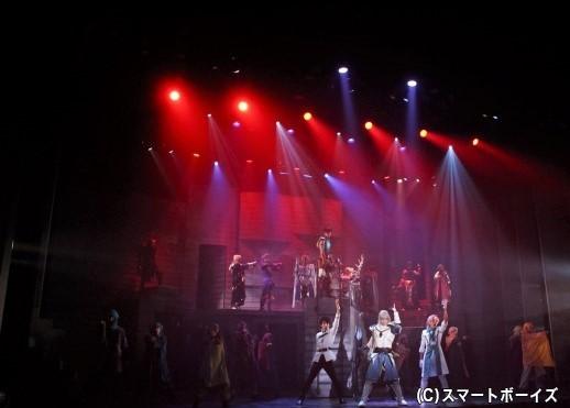 秋公演も、初日から連日のスタンディングオベーション! 公演は10/8まで!!