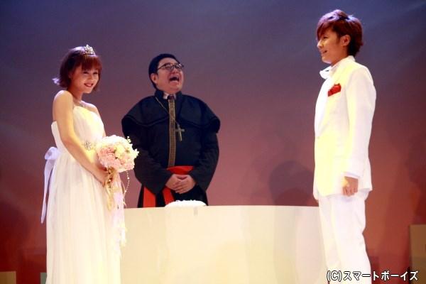 トラブルだらけの兄たちを結婚式へと招くため、四つ葉の人生シナリオも急展開に!