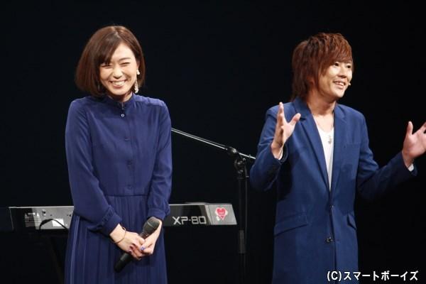 (左から)vagueのボーカル shieさんとキーボード yuさん