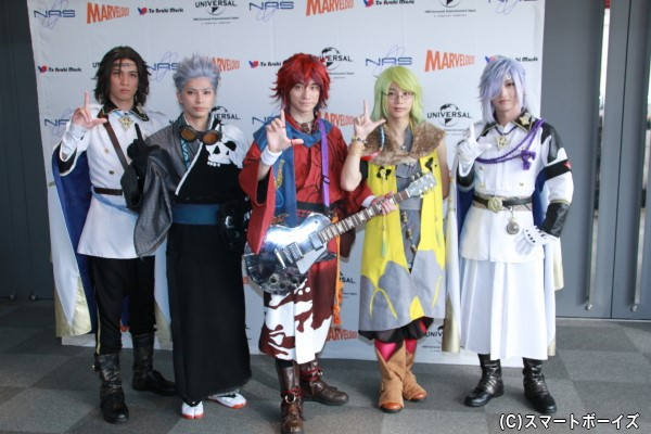 (左より)輝馬さん、糸川耀士郎さん、良知真次さん、三津谷亮さん、佐々木喜英さん