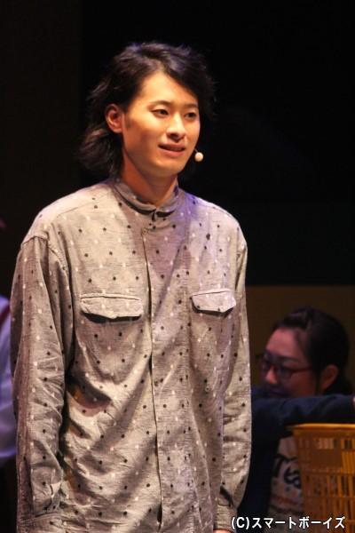 スーパーの常連客・加藤役の畠山遼さん