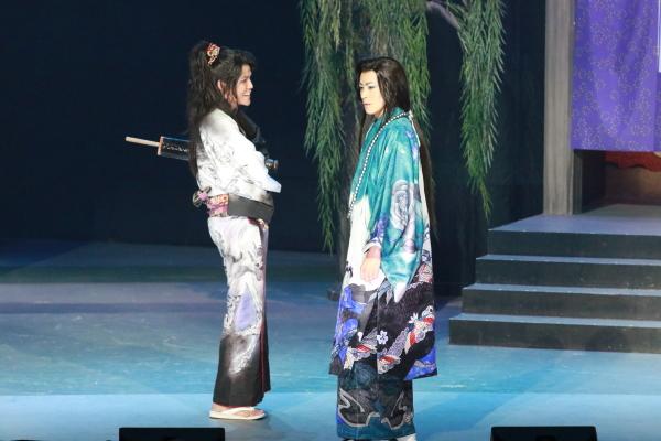 左:宮野真守さん、右:廣瀬智紀さん