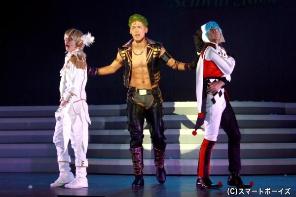 (左から)シュワルツローズの如月ルヰ(内藤大希さん)、大和アレクサンダー(spiさん)、高田馬場ジョージ(古谷大和さん)