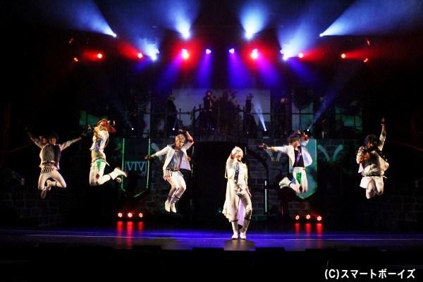 黒兎王国Ver.・白兎王国Ver.ではダンスライブのセットリストが異なります。これは両方観るしかないでしょ!!