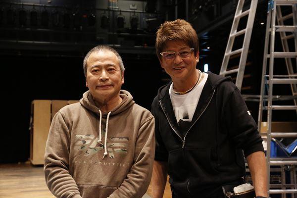 ラサール石井さん(左)と哀川翔さん(右)