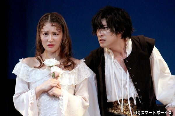 慕い合っていたオフィーリアにも、冷たい言葉を投げるハムレット