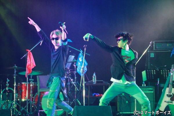 「GACHI☆LIVE!! 紅白歌合戦」のトリは、オリエンタルラジオの「PERFECT HUMAN」