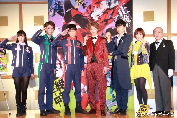 (左より)奥山かずささん、横山 涼さん、結木滉星さん、伊藤あさひさん、濱 正悟さん、工藤 遥さん、温水洋一さん
