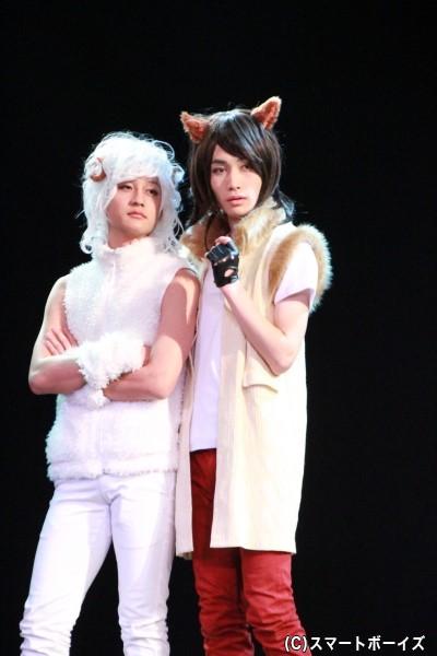 未年・メーテル役の仲野温さん(左)