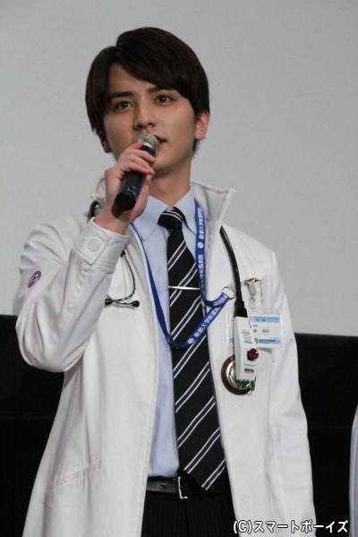 鏡飛彩/仮面ライダーブレイブ役の瀬戸利樹さん