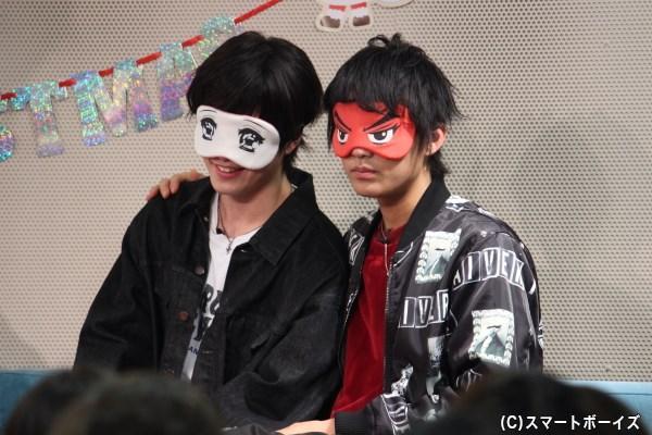 乙女チックな松田さん(左)と凛々しすぎる健心さん。現場では付き合っちゃいなよムードが溢れました!