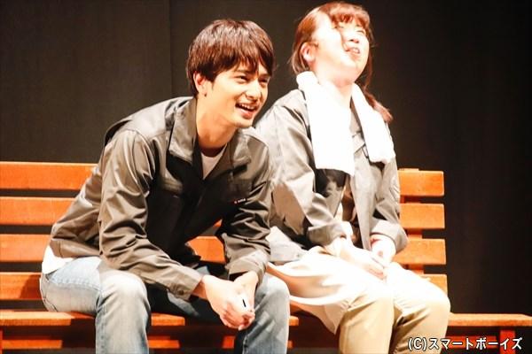 雪平の元旦那・佐藤和夫(左:中村優一さん)は、密かに雪平の幸せを願う