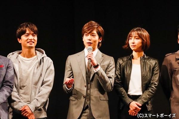 """飯田さんの""""見どころは篠田さんと染谷くんの優しさ""""発言に、染谷さんら共演者たちが「そこは舞台で見せられないです」と総ツッコミ!"""