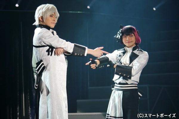 【キタコレ】(左から)北門倫毘沙 役の木村 敦さん、是国竜持 役のとまんさん