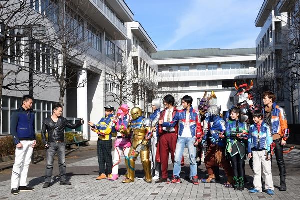 キュウレンジャー12人とギャバン&シャイダーが夢のコラボ!!