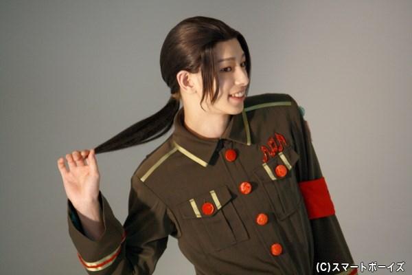 杉江さんの大きな瞳に、ひとつに束ねた黒髪が良く似合います