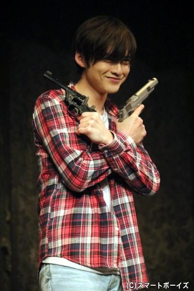 ギャングたちに誘拐され、騒動に巻き込まれていく青年・田中(木ノ本嶺浩さん)