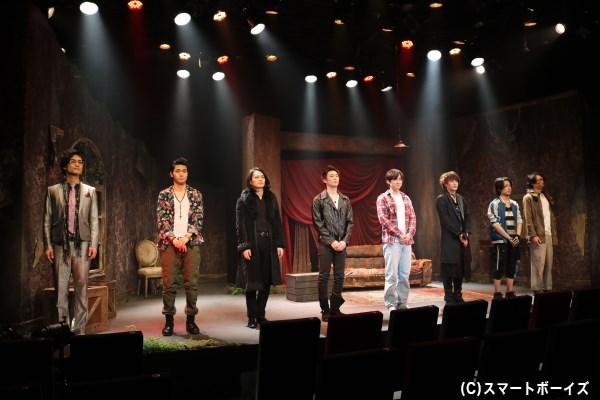 ドタバタ劇の中で変化していく人間関係、迫力のアクションシーンもお楽しみに!