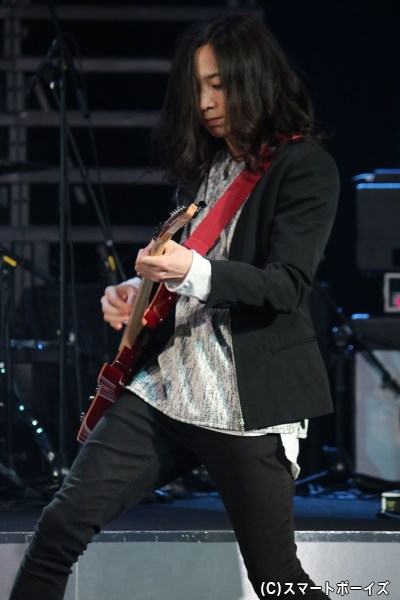The DIE is CASTのギター・五十嵐隼人<ARASHI>役:砂原健佑さん