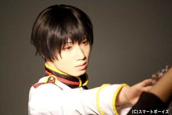 つややかな黒髪に、丁寧な口調&控えめな物腰が印象的な日本