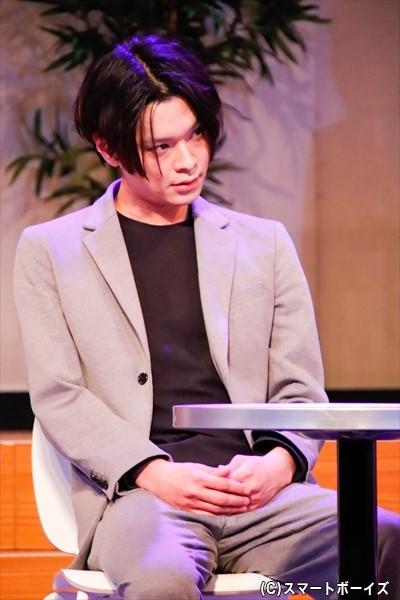 マルチ商法で儲ける実業家・沖田を演じる相馬圭祐さん