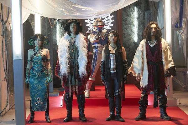 (左より)平田裕香さん、細貝圭さん、水崎綾女さん、唐橋充さん