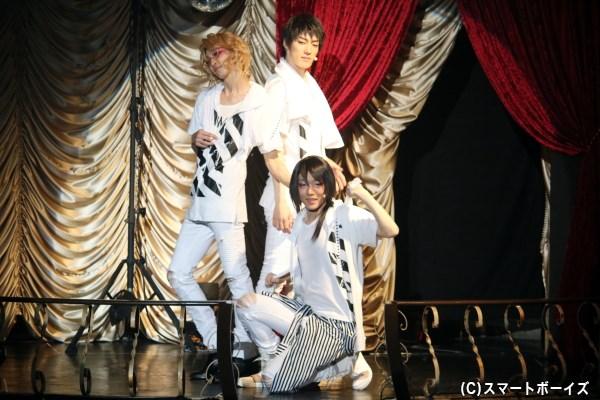 そして時には、歌って踊って乾布摩擦なアイドルグループに!?