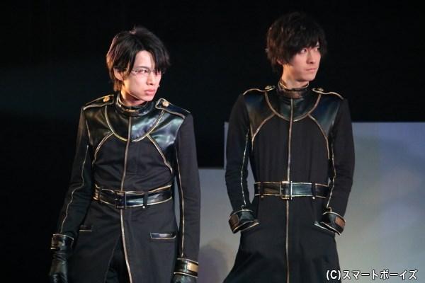 (左から)小暮 洵役の橋本真一さん、雛森千寿役の山本一慶さん