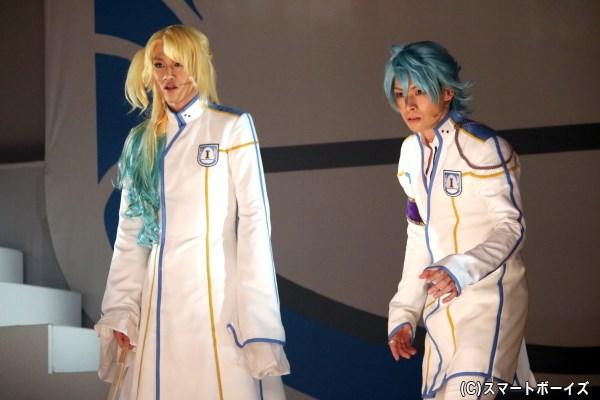 GAZEN BOYSの白瑞光(左・白柏寿大さん)と黒太閤(右・田内季宇さん)にも、フリーカの影響が…