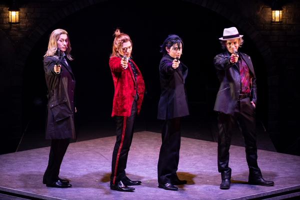 「劇団シャイニング」舞台公演、第3弾はスリル溢れるスパイアクション・ストーリー!