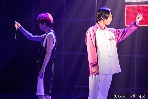 火神(左)と氷室辰也(右・斉藤秀翼さん)には固い絆が。しかし、心の底にはある感情も……