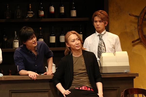(左より)馬場役の松本慎也さん、犬飼役の町田慎吾さん、猿渡役の平牧仁さん