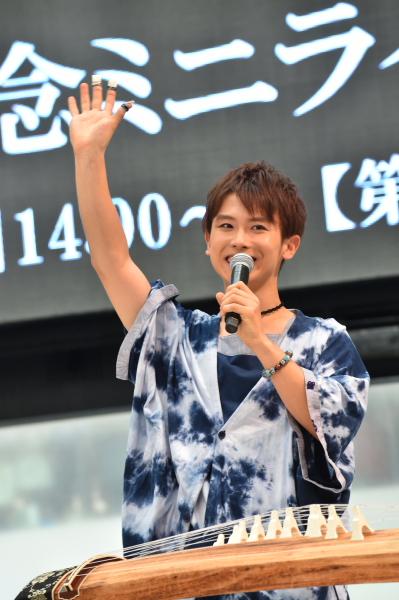 箏担当の大川義秋さん