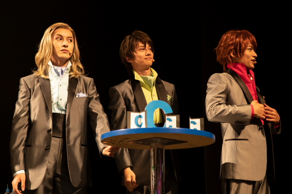 (左から)Cチームの菊池修司さん、横井翔二郎さん、小澤廉さん