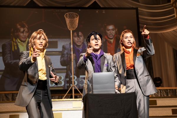 (左から)Aチームの田川大樹さん、松村龍之介さん、高本学さん