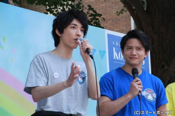 (左)水曜ブラックの太田裕二さん (右)水曜ブルーの朝日奈寛さん