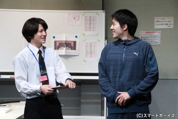 小西さん演じる嶋は、ストーリーテラーとして舞台の進行も携わります。