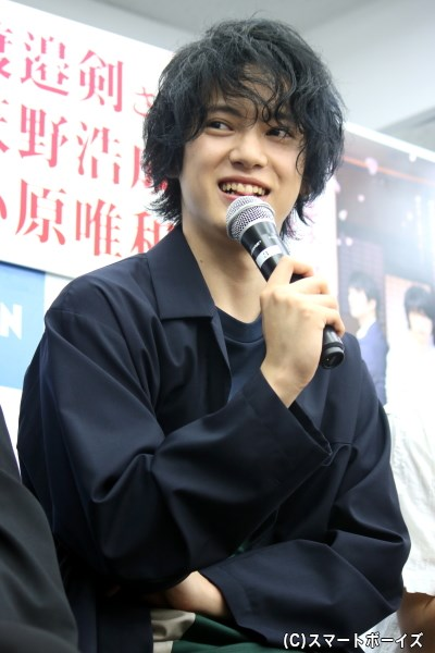 今作で映画初主演、主人公・水川蓉一役を務めた渡邉 剣(わたなべ つるぎ)さん