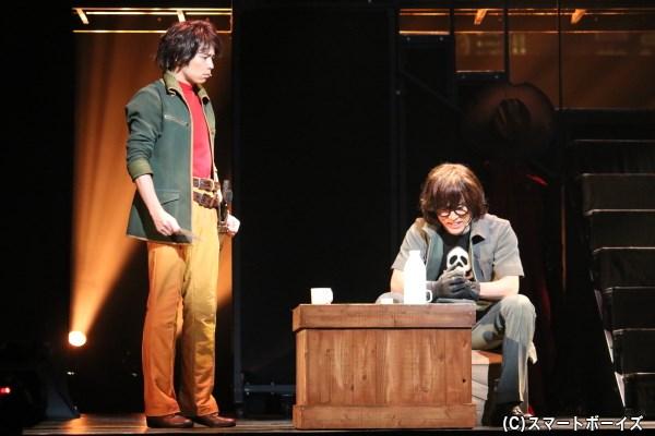 鉄郎は導かれるように、大山トチロー(右・入野自由さん)と出会う