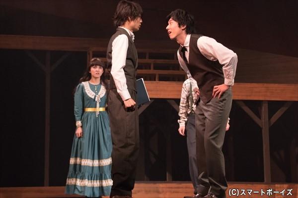 万次郎は同級生のトム(石賀和輝さん)から差別を受けるが……