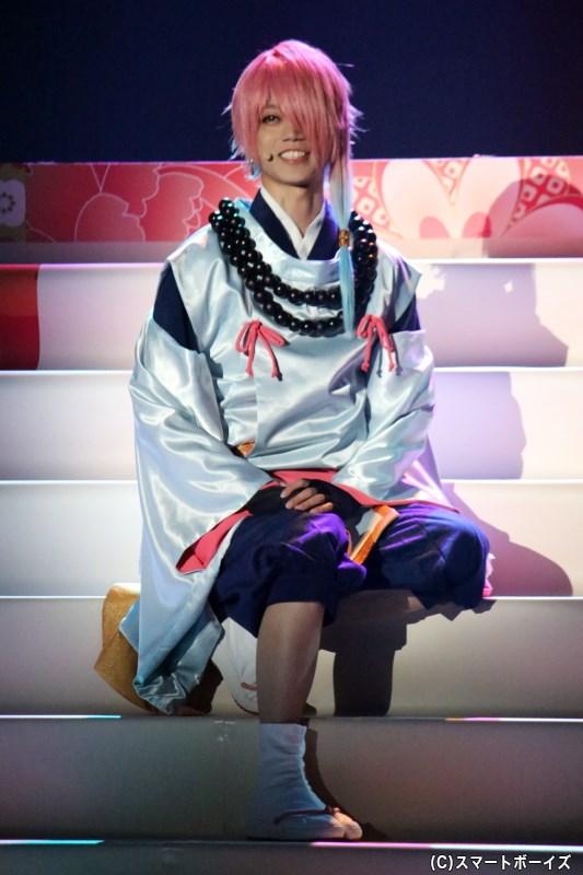 占い師として、仲間を探す「あ」と最初に出会う「う」役の高橋健介さん