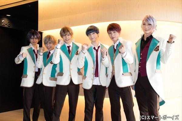 (左より)新里宏太さん、山中翔太さん、杉江大志さん、ランズベリー・アーサーさん、鈴木勝吾さん、丘山晴己さん