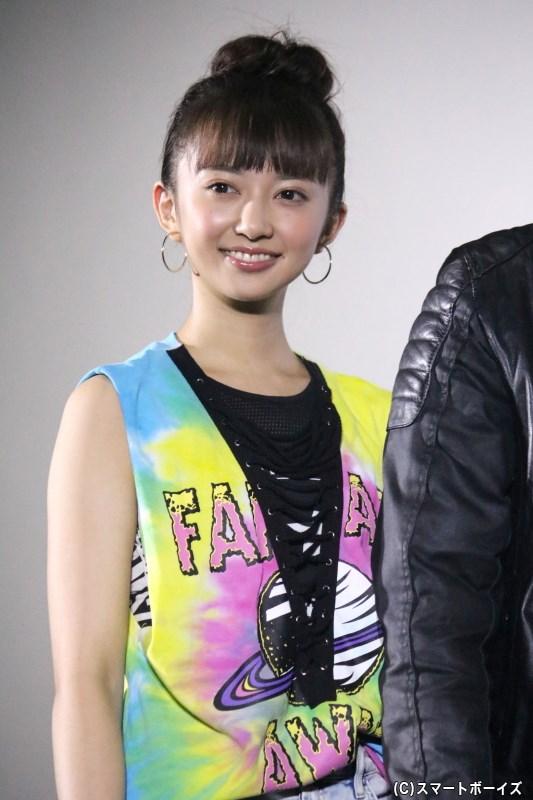 中村かなで役の小宮有紗さん