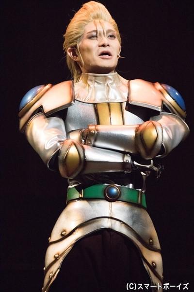 聖騎士のメンバー・ハウザー(川隅美慎さん)は、竜巻を自在に操る能力を持つ