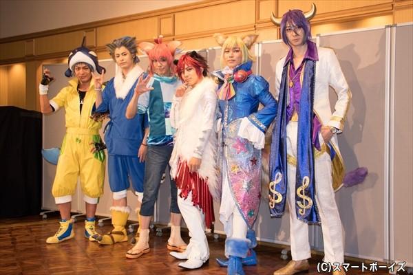 (左より)吉村駿作さん、畠山遼さん、健人さん、米原幸佑さん、鎌苅健太さん、田中涼星さん