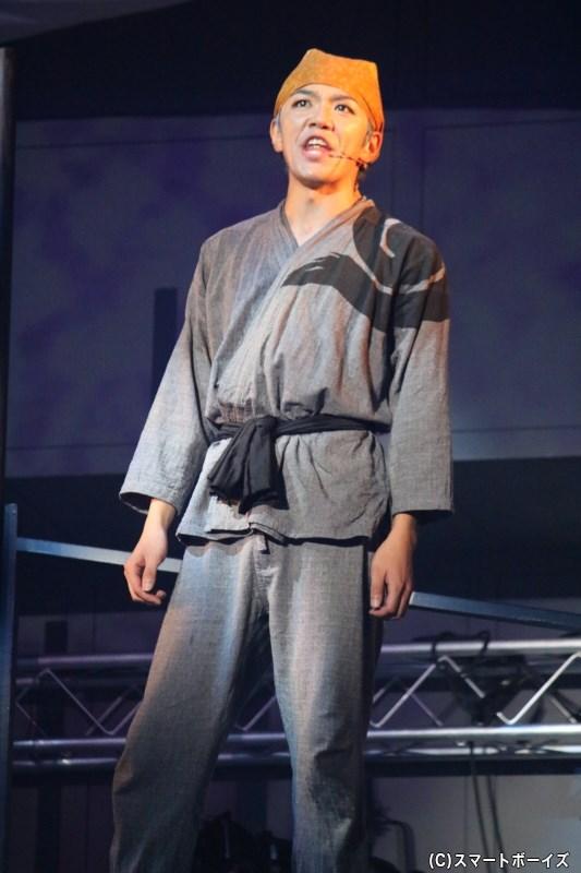 陽気なムードメーカー:丸福(がんぷく)役の月岡弘一さん