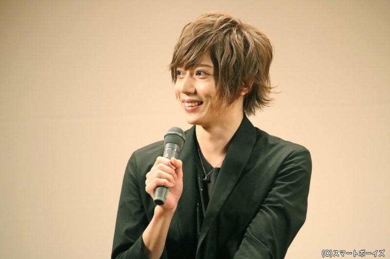 この日もキラキラとした笑顔で、トークを盛り上げた染谷さん