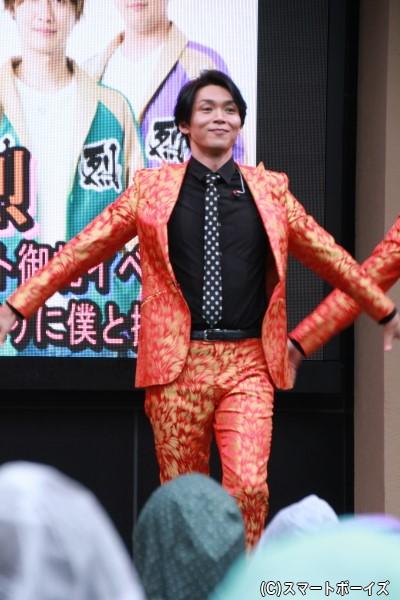 純烈のリードボーカル、白川裕二郎さん