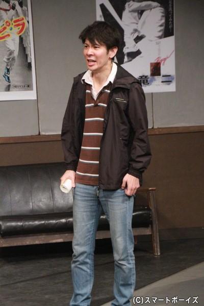 「竜二」の製作にも携わった劇団の同僚を演じる高岡保成さん