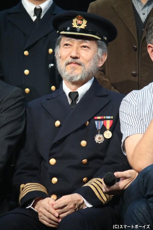 鈴木壮麻さん
